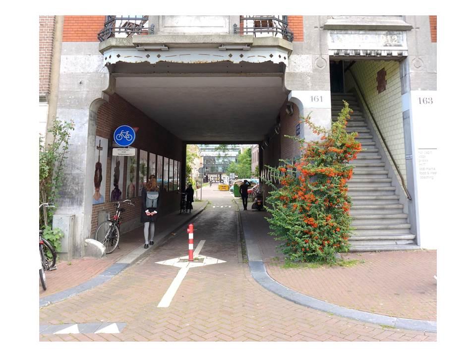 Markierte Blockdurchwegung in Amsterdam